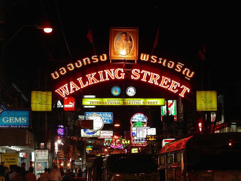 Phố đi bộ (Walking Street) tại Pattaya