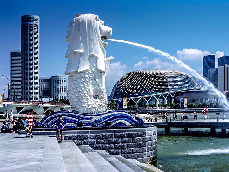 Tượng sư tử mình cá Merlion biểu trưng của Singapore