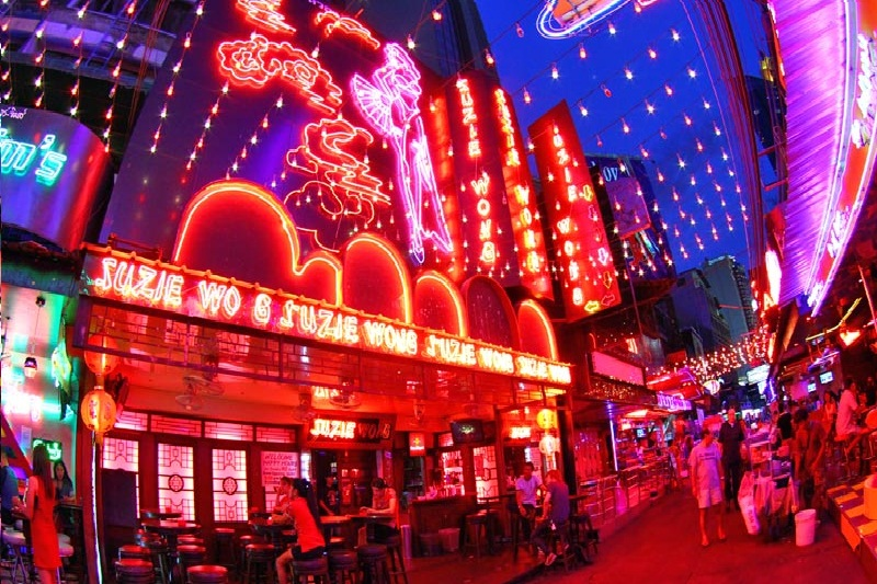 Suzie Wong A Go Go Bar - Soi Cowboy Bangkok