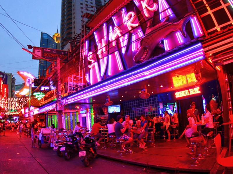 Shark A Go Go Bar - Soi Cowboy Bangkok