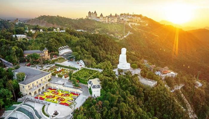 Linh Ứng Bà Nà Hill - Một trong 5 ling ứng nổi tiếng tại Đà Nẵng, ngự trên đài cao Bà Nà Hill