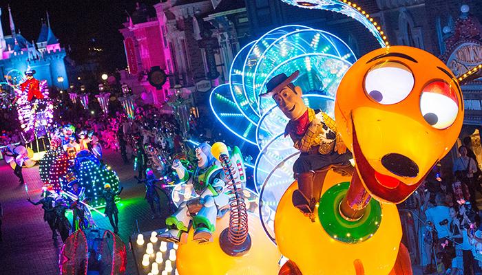 diễu hành Disneyland Hong Kong