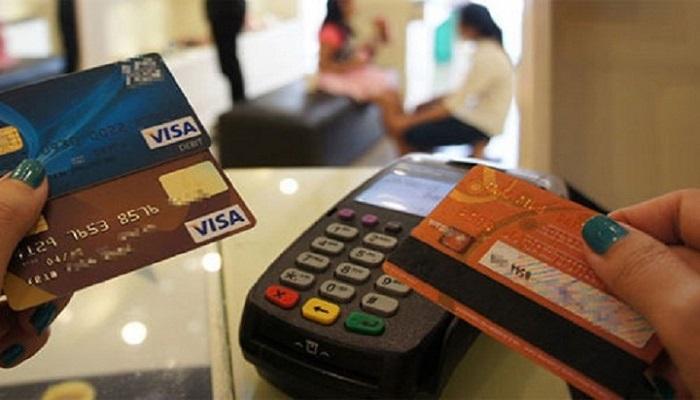 Thẻ tín dụng đi du lịch