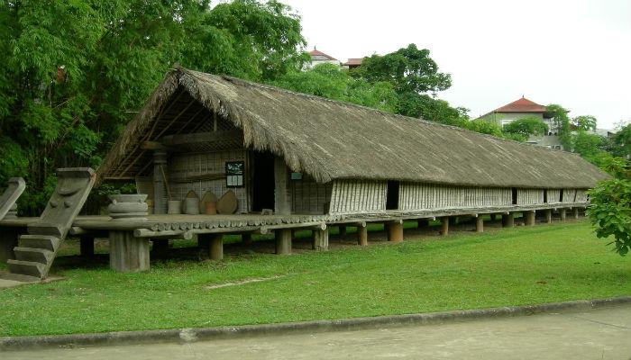 Nhà rông Tây Nguyên