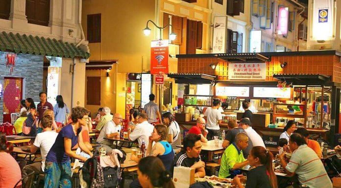 mon-duong-pho-ban-nen-thuong-thuc-khi-du-lich-singapore