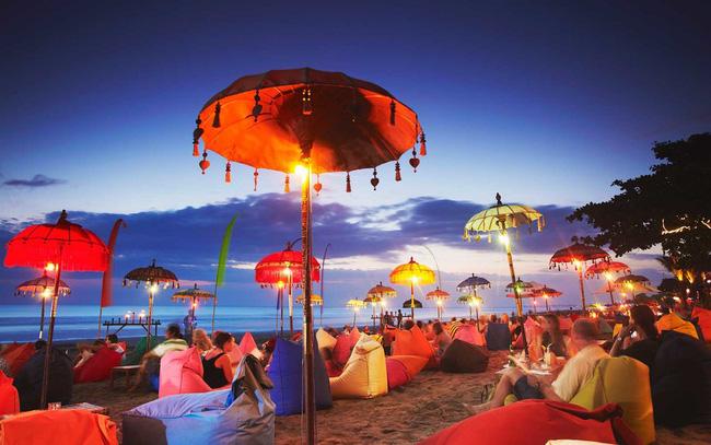 Nghỉ ngơi, thư giãn ở bãi biển Jimbaran