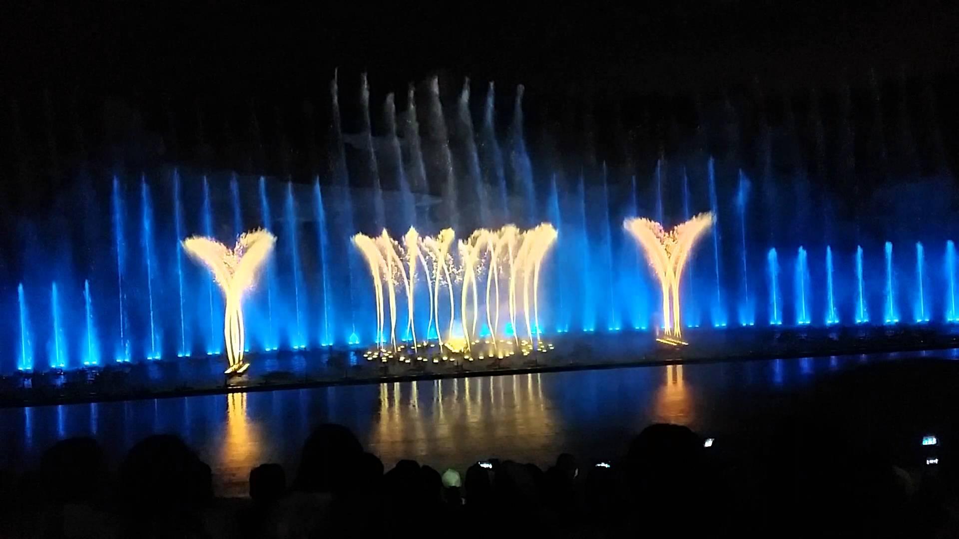 Chương trình biểu diễn nhạc nước ảo diệu ở Vinpearl Land Nha Trang