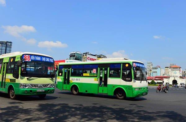 Xe bus Sài Gòn chỉ dừng khi bạn vẫy xe