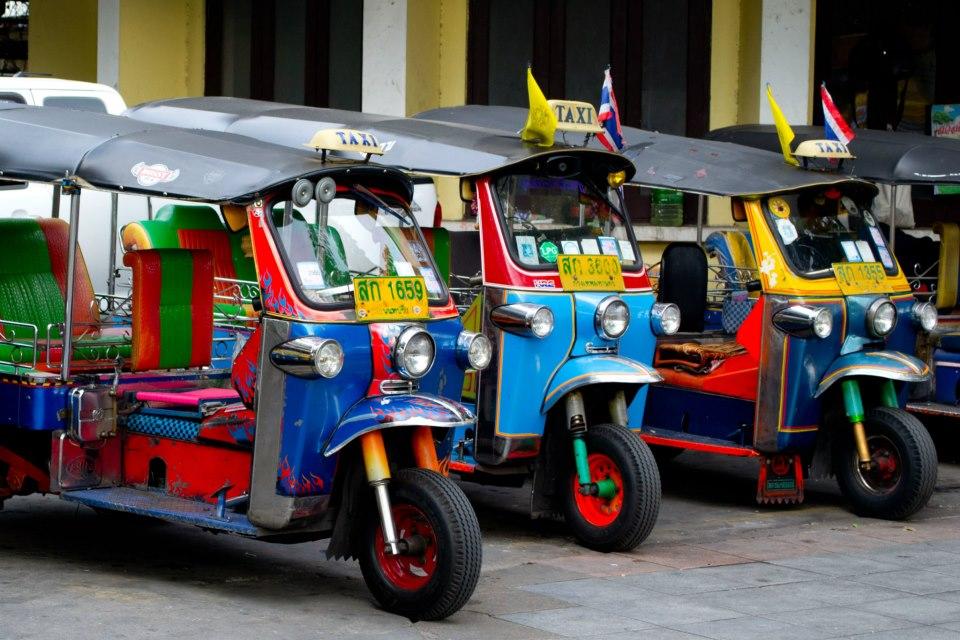 Xe Tuk Tuk - một phương tiện được nhiều khách du lịch lựa chọn