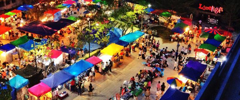 Chợ đêm Phuket Indy muôn màu muôn vẻ, hàng hóa đa dạng