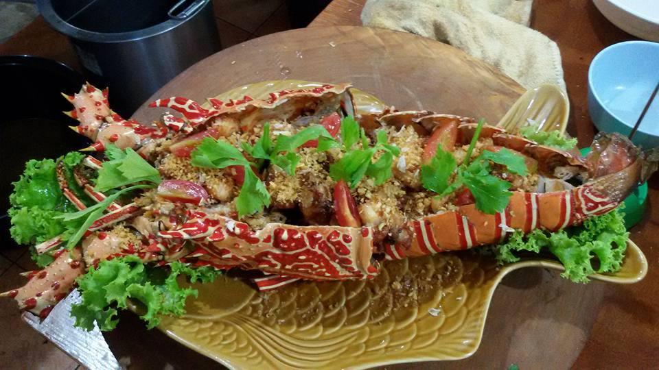 Những tâm hồn ăn uống hãy đến với chợ đêm Malin Plaza Patong
