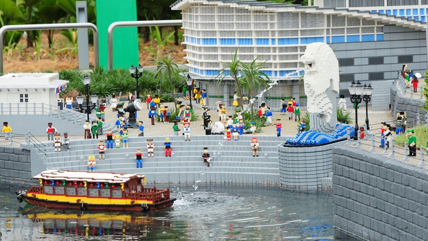 Biểu tượng của Singapore thật đáng yêu trong trong Legoland