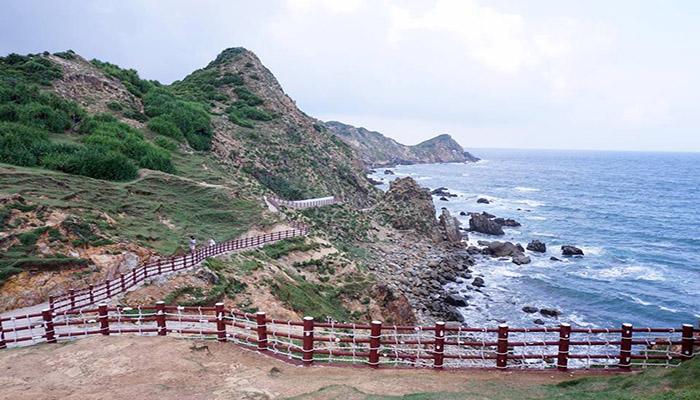 Eo Gió - nơi ngắm hoàng hôn đẹp nhất Việt Nam.