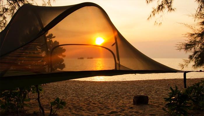Cảnh mặt trời lặn ở Sleeping Trees.