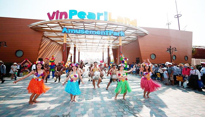 Khu vui chơi giải trí hàng đầu Việt Nam - Vinpearl Land Nam Hội An chỉ mới mở cửa chào đón khách vào cuối tháng 4/2018. Nguồn: foody.vn