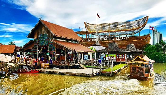 Chợ nổi Pattaya Four Regions được quản lý và phát triển cẩn thận.