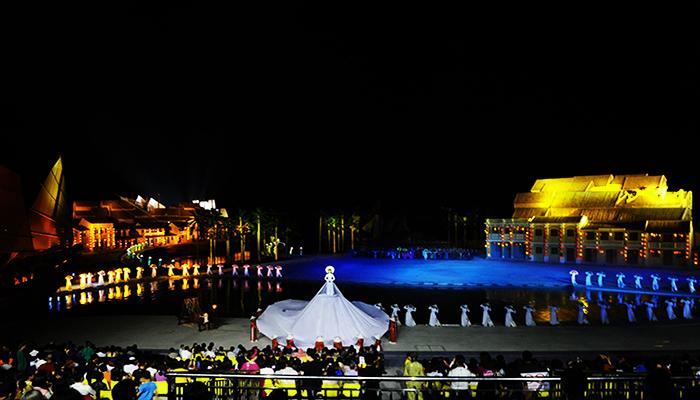 Sân khấu hoành tráng vô cùng ấn tượng. Nguồn: bvhttdl.gov.vn
