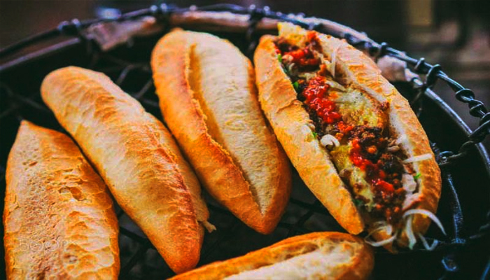 Loại bánh mì Việt Nam ngon nhất thế giới có tại Hội An.