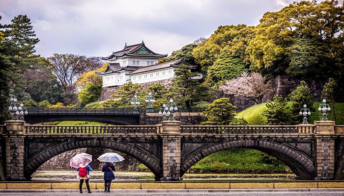 Chiêm ngưỡng cung điện Hoàng gia cổ kính, là nơi đóng đô cũ của vương triều Nhật thời xưa. Nguồn: kienthuc.net.vn