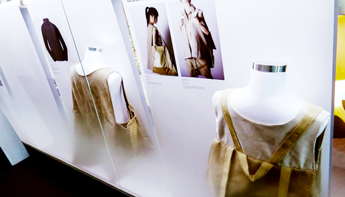 Không chỉ có các tác phẩm nghệ thuật tương lai, bảo tàng còn có nhiều ý tưởng về thời trang sáng tạo.