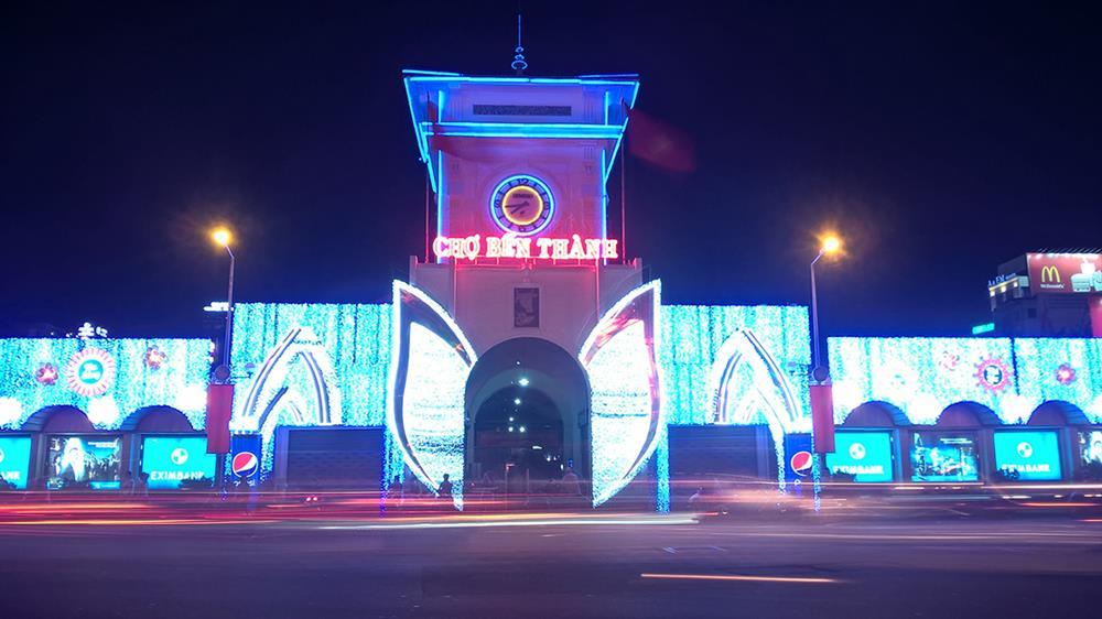 Kết quả hình ảnh cho Chợ đêm Bến Thành (TP. Hồ Chí Minh)