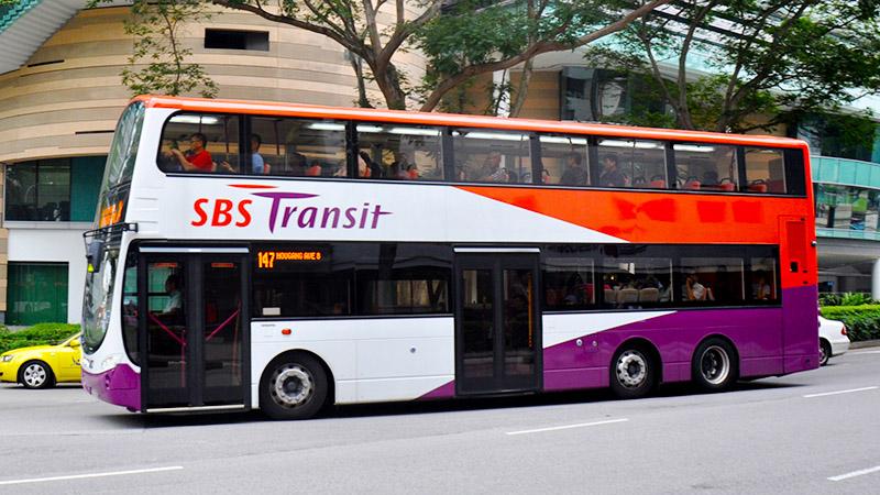 Xe bus tại Singapore rất đẹp và sạch sẽ