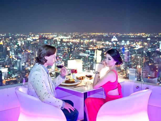 Buffet Bangkok Sky tại tòa nhà Baiyoke Tower