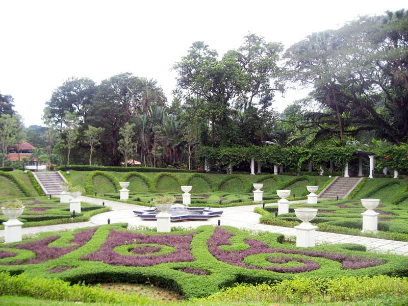 kinh-nghiem-du-lich-kuala-lumpur-tu-tuc-gia-re-lake-garden
