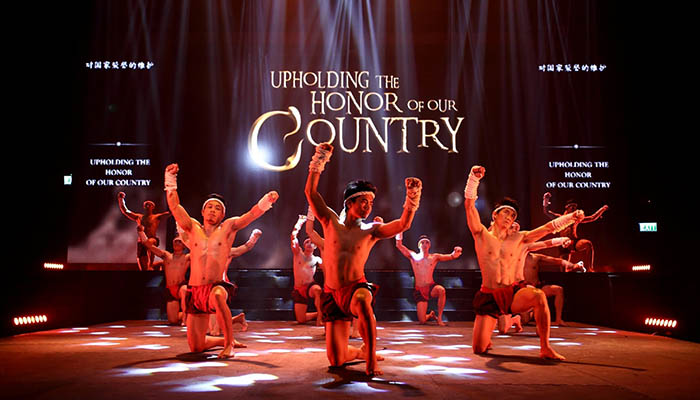 top-10-vui-choi-tai-bangkok-cung-gia-dinh-muay-thai-live