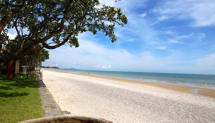 khu bãi biển hua hin