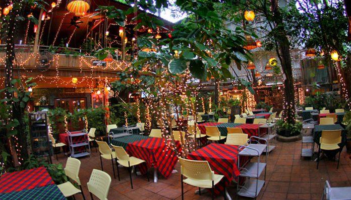 nhà hàng cabbages and condoms bangkok