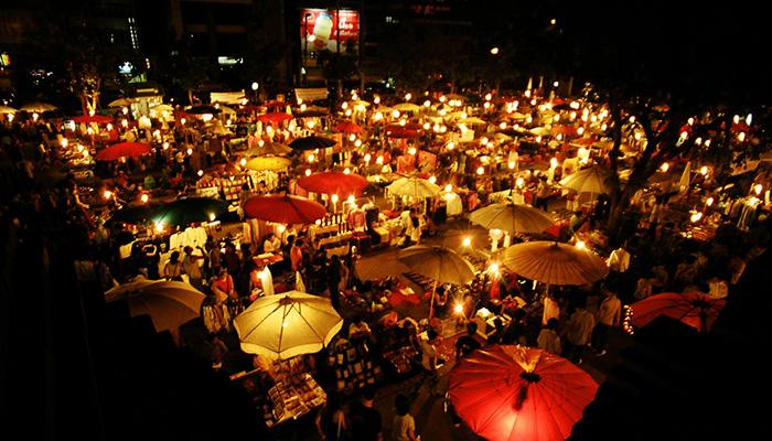 Có nên ở khu chiang mai night bazaar