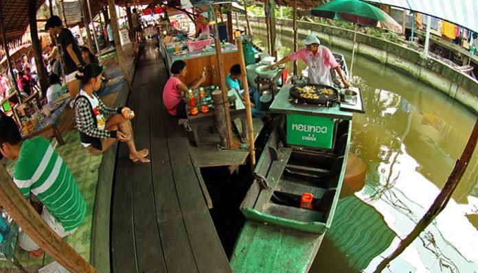 chợ nổi Nam pheung