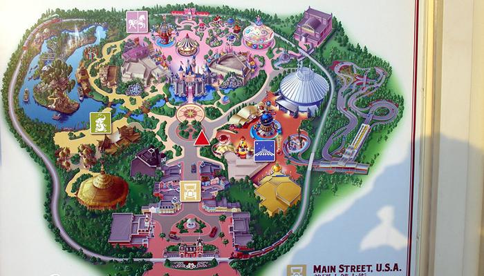 Đi Disneyland Hong Kong có gì chơi?