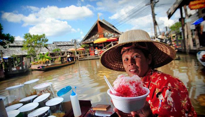 đi thuyền chợ nổi pattaya