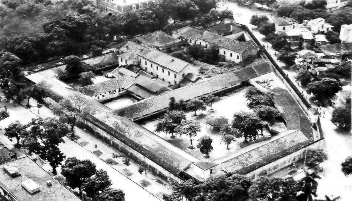 Nhà tù Hỏa Lò