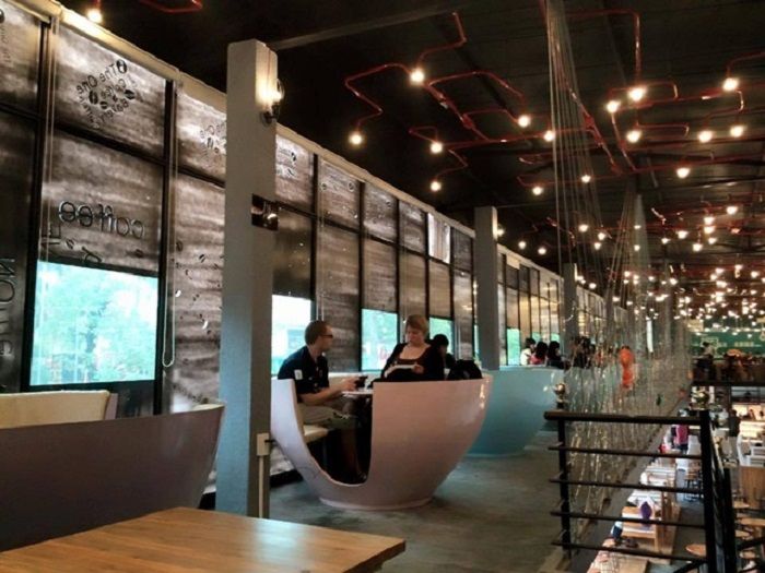 nhung-quan-ca-phe-dep-o-hue-the-one-coffee-bakery