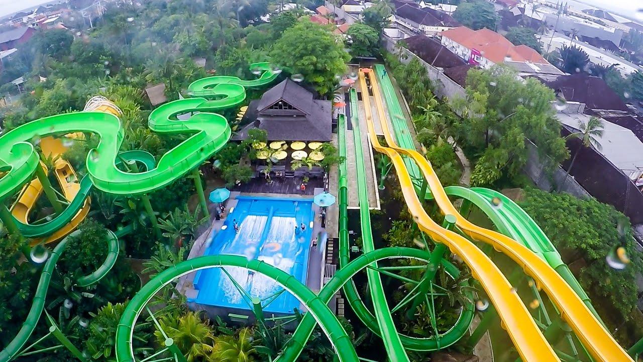 Waterbom Bali sở hữu những đường trượt kéo dài cả km