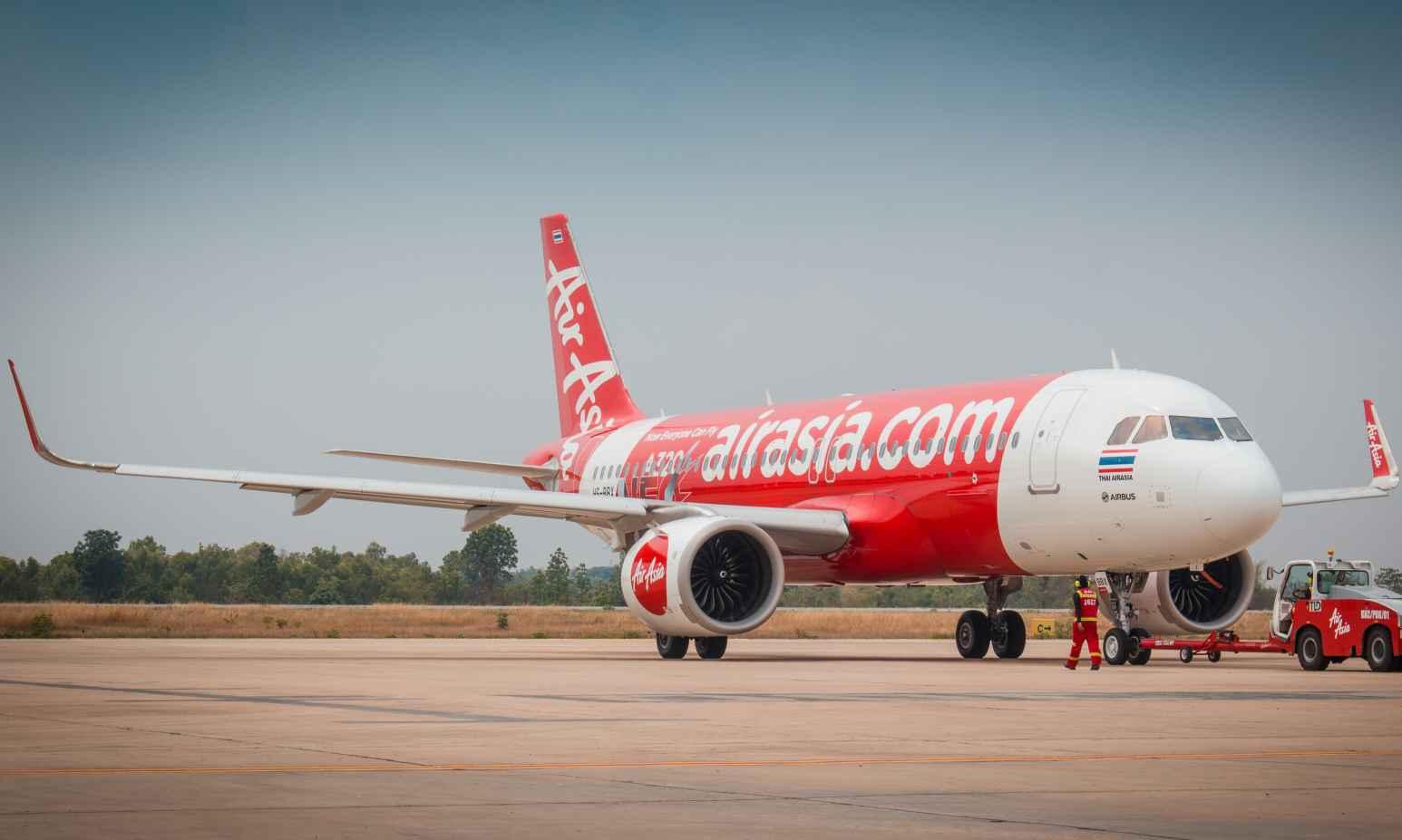Air Asia là một hãng hàng không giá rẻ khai thác chặng Việt Nam - Bali