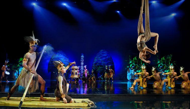 Màn biểu diễn ấn tưỡng của các vũ công Bali