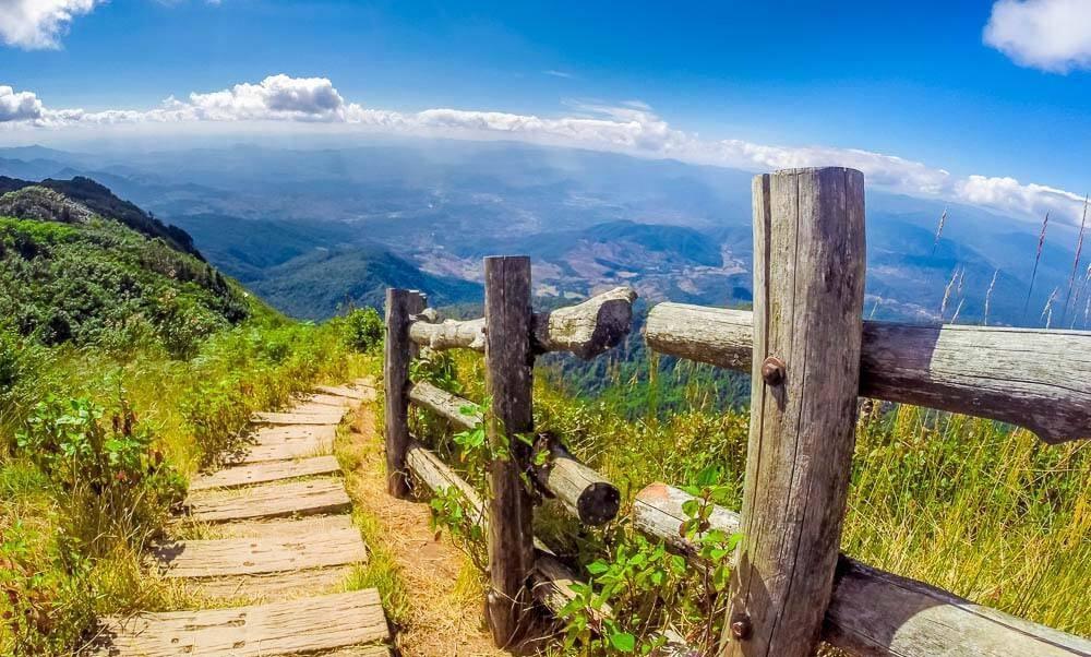 Khung cảnh thiên nhiên vừa hùng vĩ vừa tình tứ ở Doi Inthanon