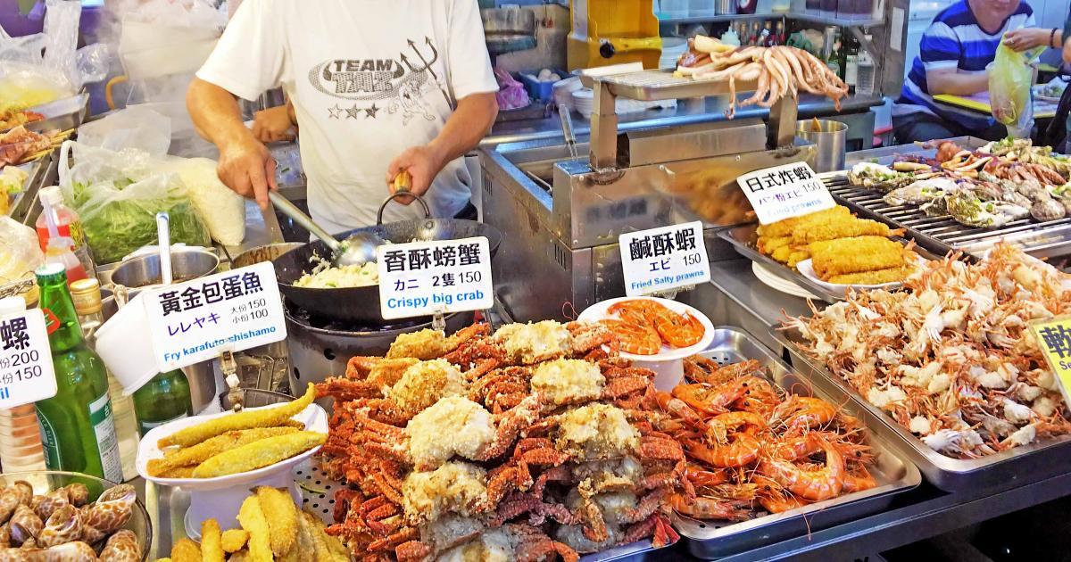 Chợ đêm Sĩ Lâm mở cửa từ 17h – 24h đêm
