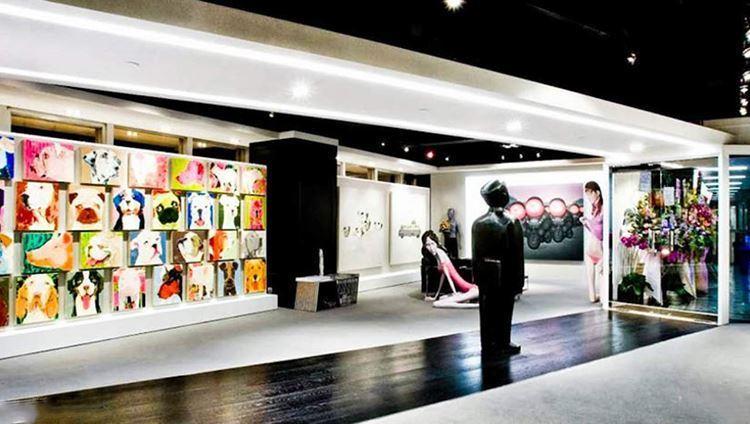 Không gian nghệ thuật đương đại đầy màu sắc Soho Gallery Walk