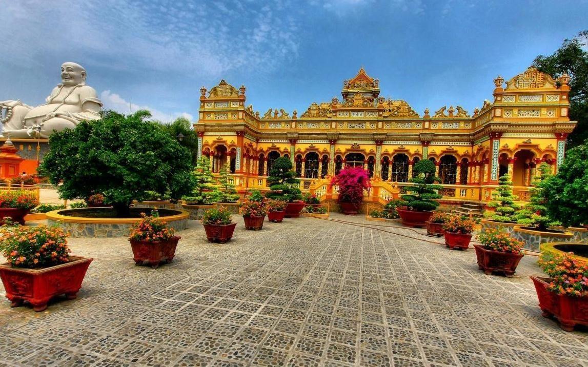 Kiến trúc cổ kính và tráng lệ của chùa Vĩnh Tràng