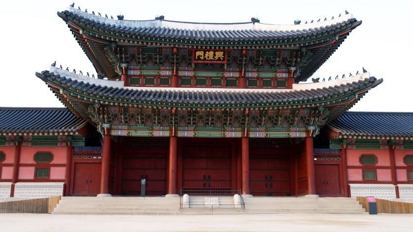 Du khách được miễn phí vé vào cổng một số điểm du lịch khi mặc Hanbok