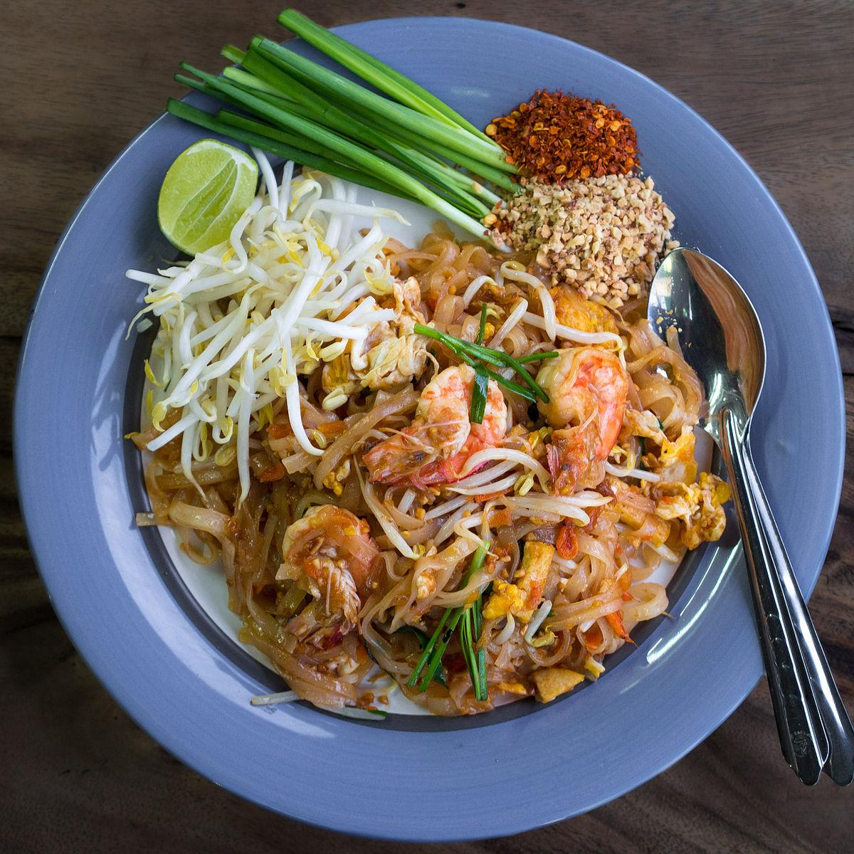 Ăn món ăn nổi tiếng nhất Thái Lan