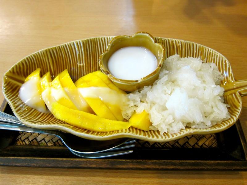 Chè xôi xoài - món ăn đặc trưng nổi tiếng của Thái Lan