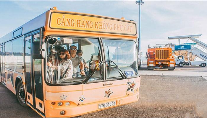 Xe trung chuyển của Cảng Hàng Không Cát Lái sẽ đưa khách từ sân bay vào TP.Quy Nhơn.
