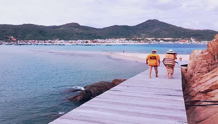 Đảo Hòn Khô xinh đẹp và bình yên.