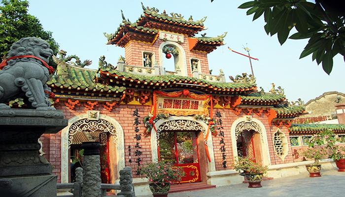 Hội quán Phúc Kiến - một công trình kiến trúc mang nét Trung Hoa cổ xưa tại Hội An. Nguồn: https://webdacsanvietnam.com/